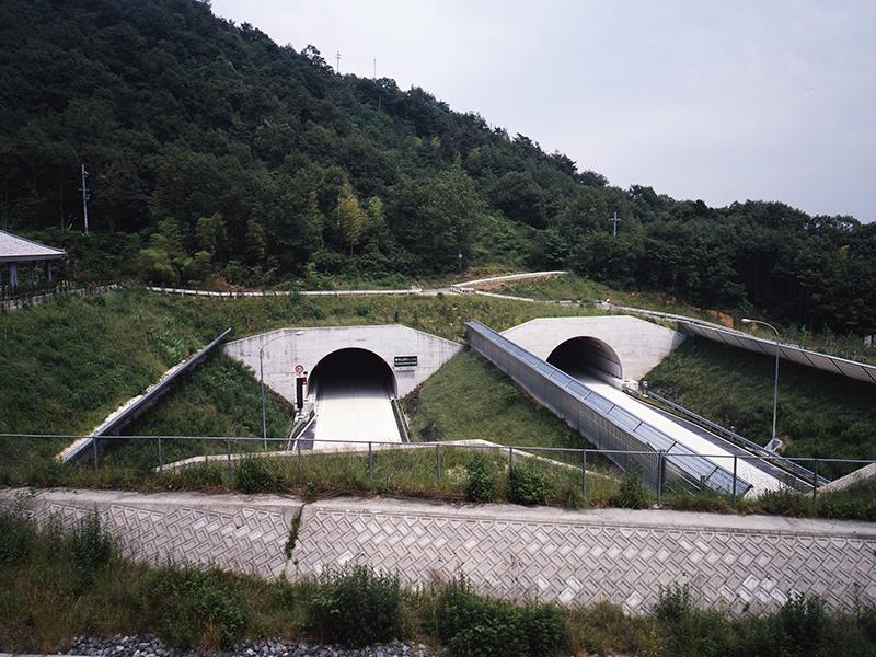 書写山トンネル